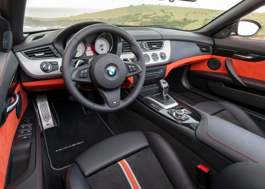 BMW-Z4_Roadster-2014-In