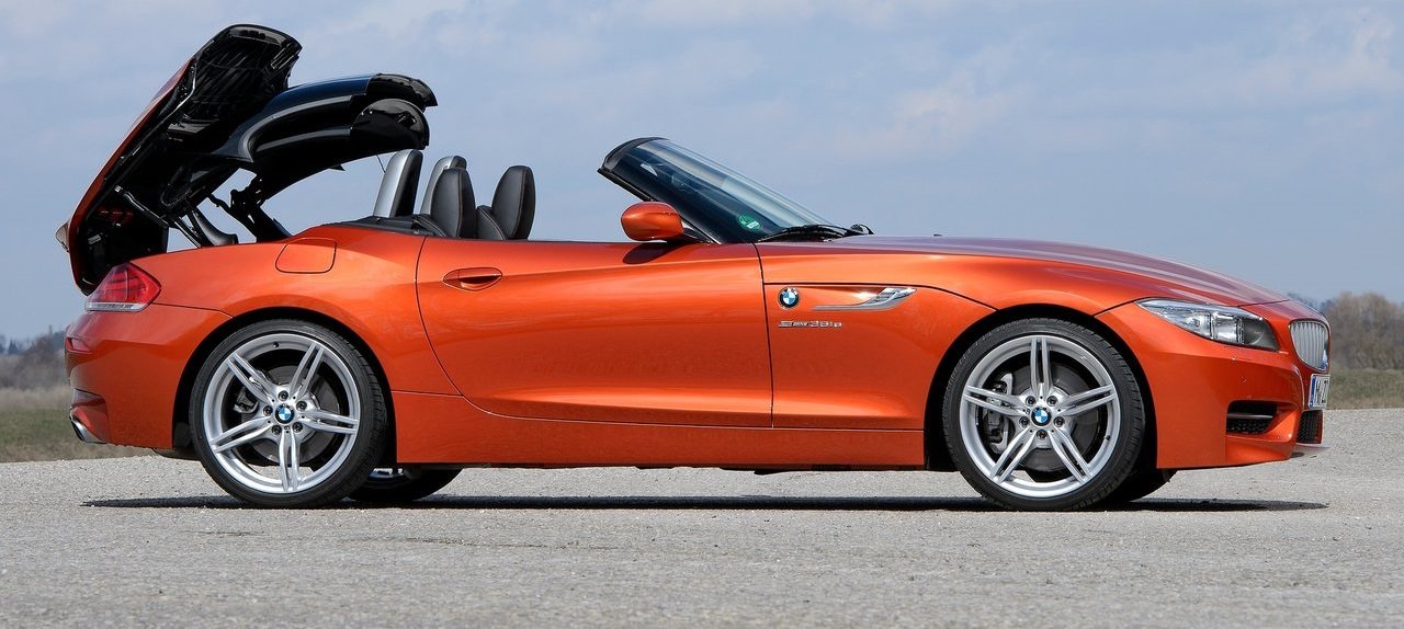 BMW-Z4_Roadster-2014-OpenRoof