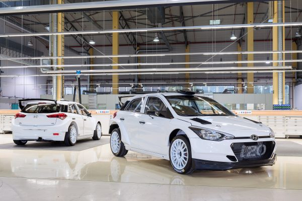 new-generation-i20-r5-first-delivery-01