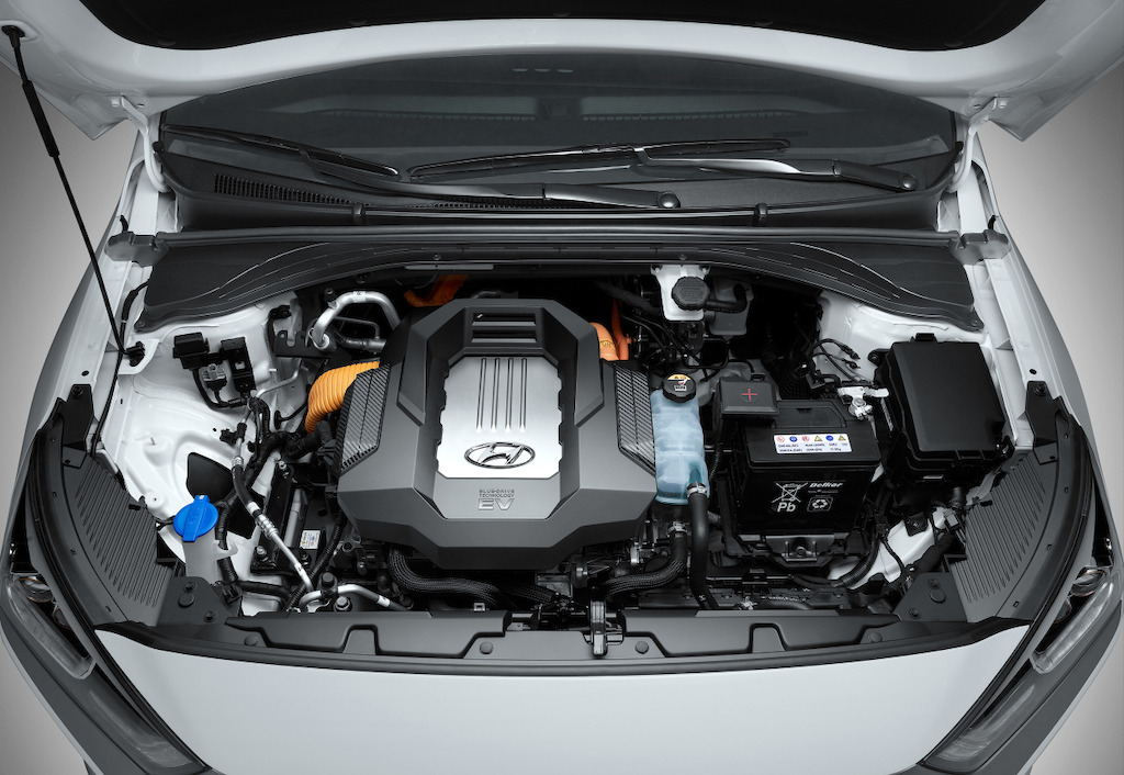 hyundai-ioniq-electric_engine
